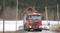 Lørdag ble den nye Rauåkåken eller Olausbu flyttet på plass.